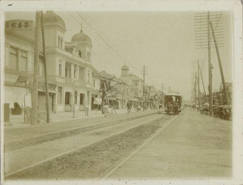 Pferdestrassenbahn_Tokio_1903.jpg
